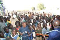 l'ONG HELP donne le sourire aux enfants